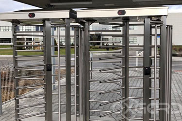 T-10-H full-height turnstile at Hyundai, Czech Republic